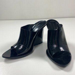 Zara Woman 39 Black Thin Modern Wedge Edgy Slick